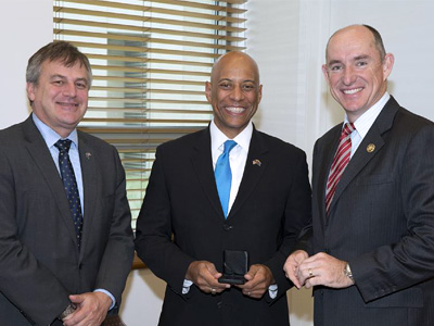 (L-R) Chief Defence Scientist Dr Alex Zelinsky, Dr Reginald Brothers and Assistant Minister for Defence Stuart Robert.