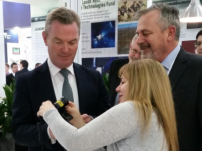 Minister for Defence Industry Christopher Pyne with Chief Defence Scientist Dr Alex Zelinsky at FLFC 2016.