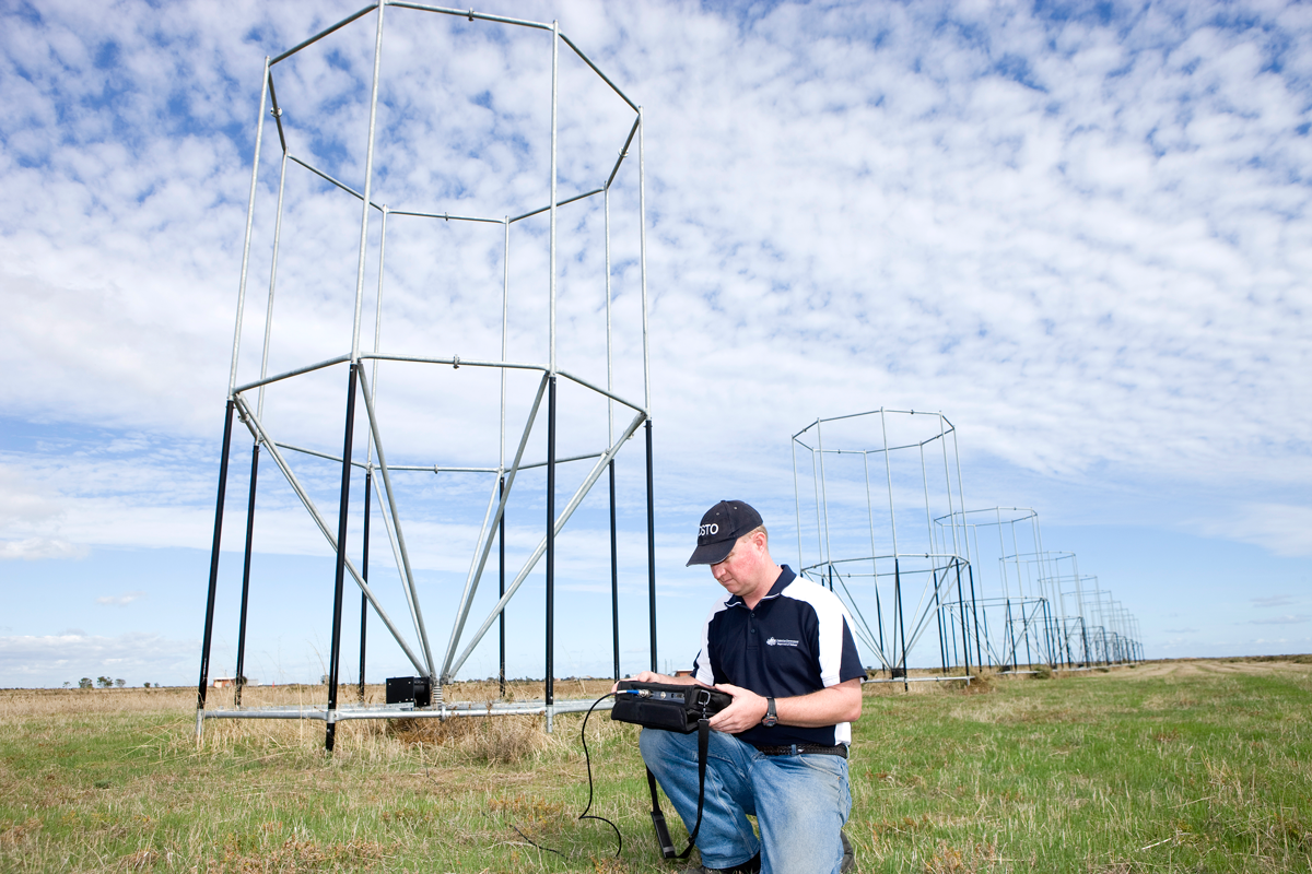 DSTO's experimental 'Grail' antenna array supports research into improving Jindalee Operational Radar Network (JORN) performance by avoiding propagation via disturbed ionospheric paths