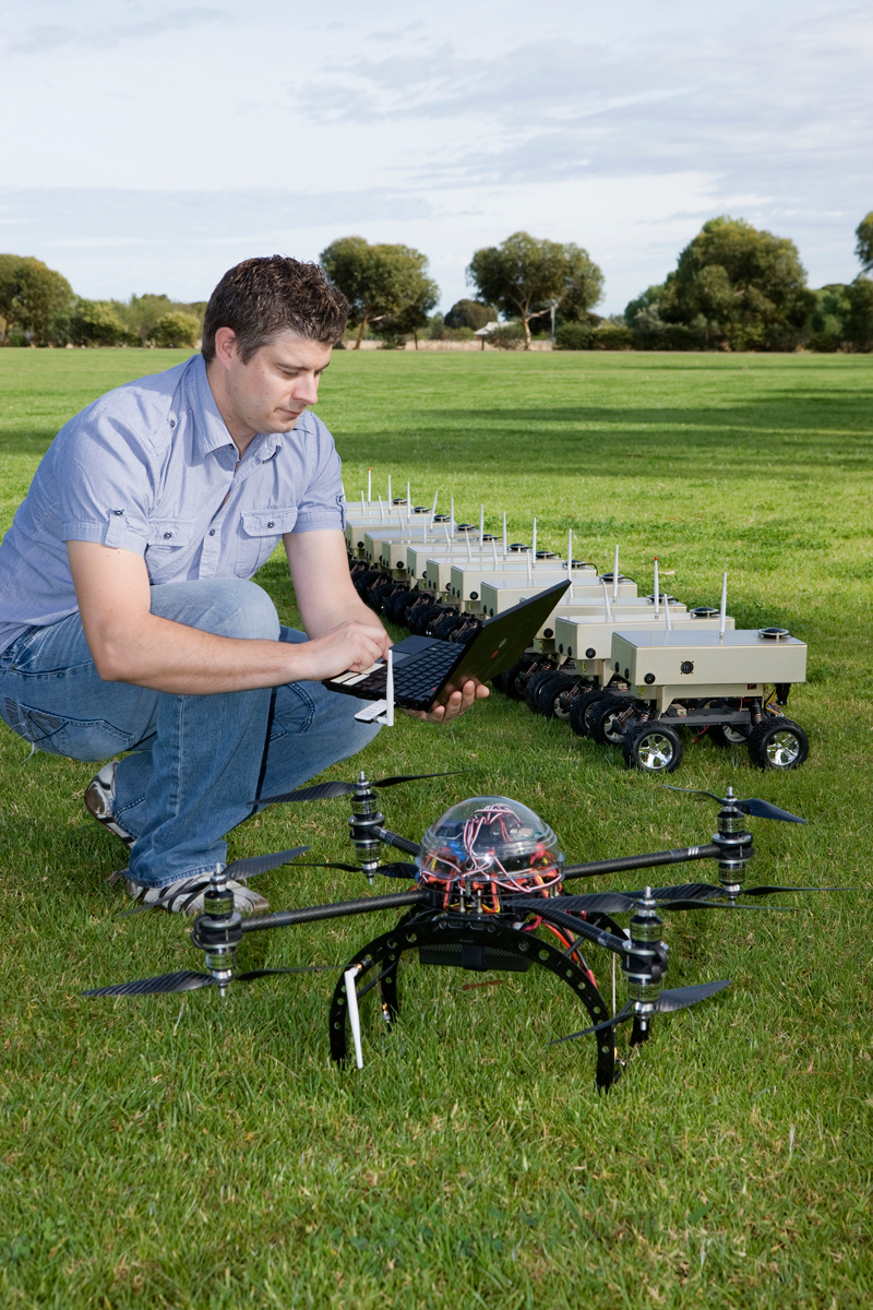 DSTO is developing a network of small unmanned land and aerial vehicles which can communicate autonomously and between themselves with little input from operators. Covering potentially several kilometres of a real tactical operation and providing links back to the operational headquarters, the networks would ensure communications by soldiers on the ground is not disrupted.