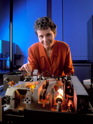 DST Group's Jackie Craig conducting hyperspectral research