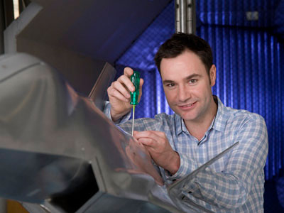 Adam Blandford examines engine health monitoring for the Joint Strike Fighter