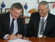 Chief Defence Scientist, Dr Alex Zelinsky, signs the DSTO/IBM Strategic Alliance with the Director of IBM Research - Australia, Glenn Wightwick