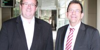 Senator the Hon David Feeney (left) with Deputy Chief Defence Scientist Dr Warren Harch (right) meeting to discuss Maritime Security and other areas of Defence and national security.
